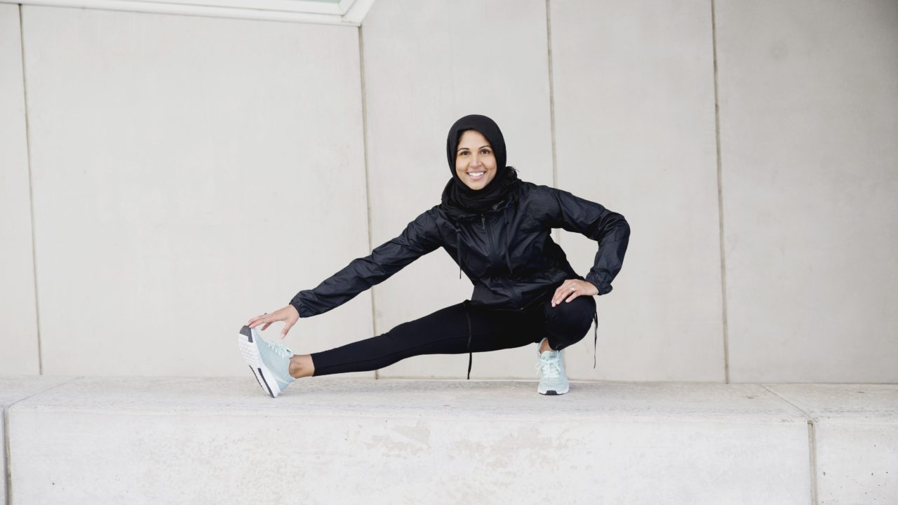https://cdn.livehealthy.ae/wp-content/uploads/2019/05/How-to-stay-fit-and-healthy-during-Ramadan-1280x720.jpg